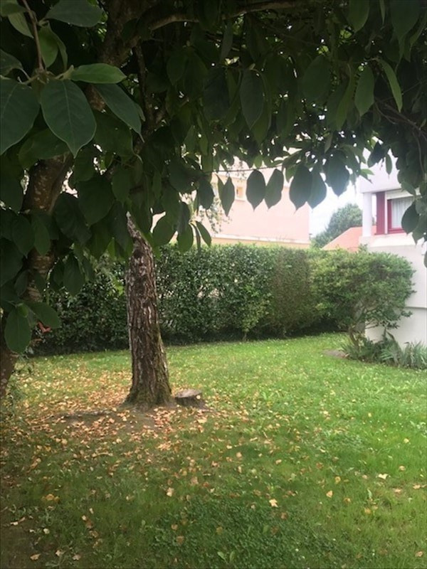 Sale apartment Pau 231 000€ - Picture 1