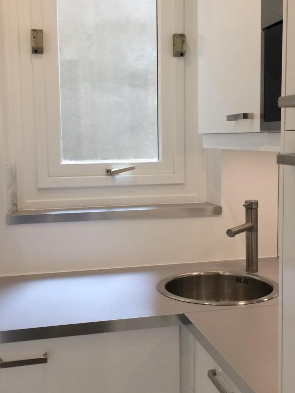 Rental apartment Paris 11ème 1800€ CC - Picture 9