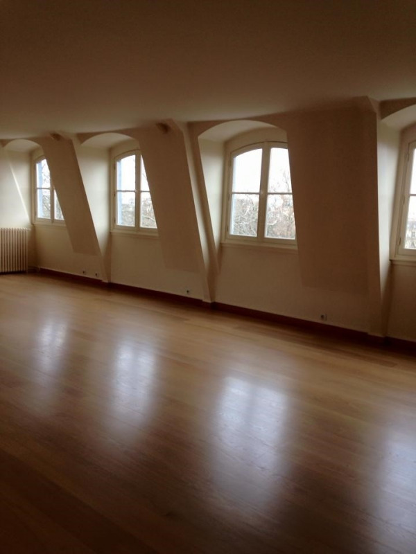 Location appartement Paris 8ème 8 460€ CC - Photo 2