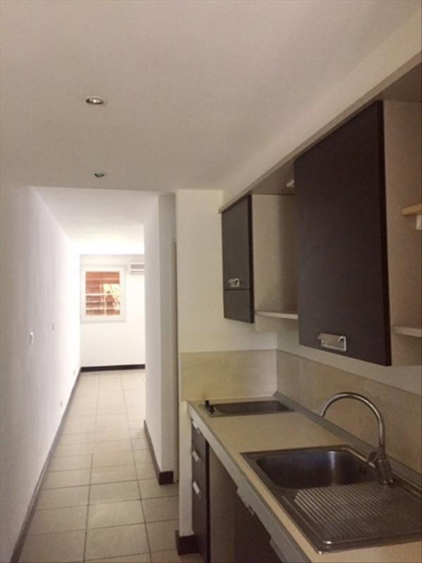 Venta  apartamento St gilles les bains 147000€ - Fotografía 3