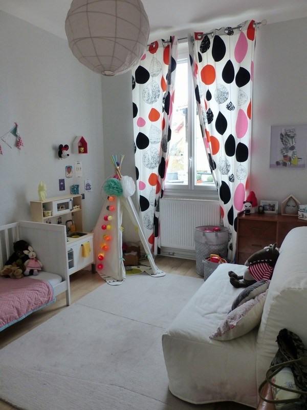 Sale apartment Oullins 252000€ - Picture 4