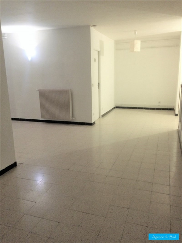 Location appartement Aubagne 580€ CC - Photo 4