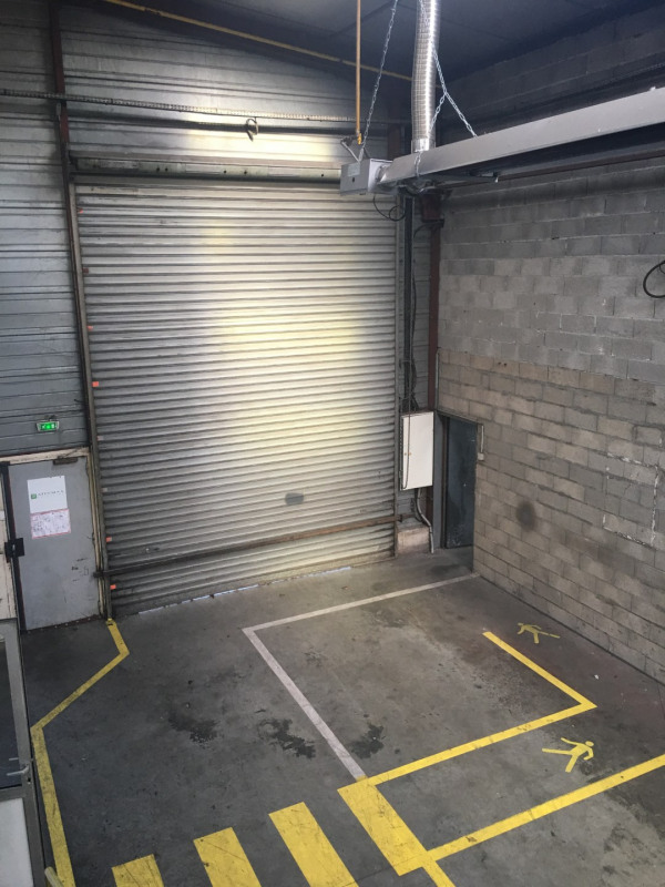 Location local commercial Toury 4956€ HT/HC - Photo 5