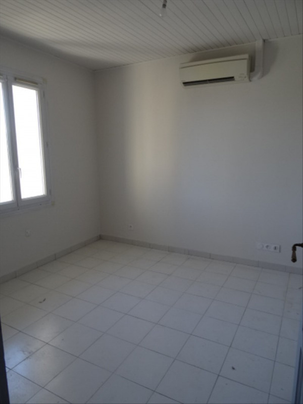 Sale house / villa Peynier 172000€ - Picture 4