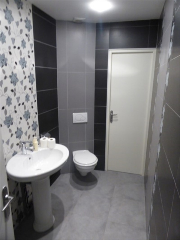 Location local commercial Auxerre 5 000€ HT/HC - Photo 1