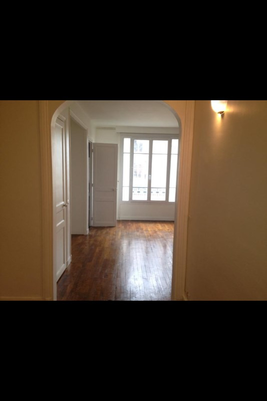 Location appartement Paris 17ème 1280€ CC - Photo 1