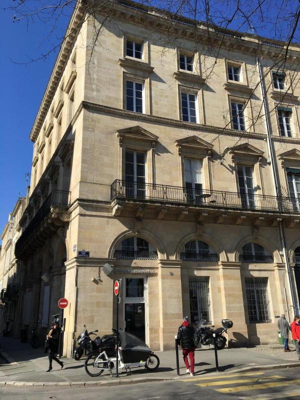 Location bureau Bordeaux 6410€ CC - Photo 1
