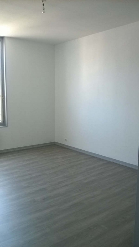 Investment property building Limoges 840000€ - Picture 7