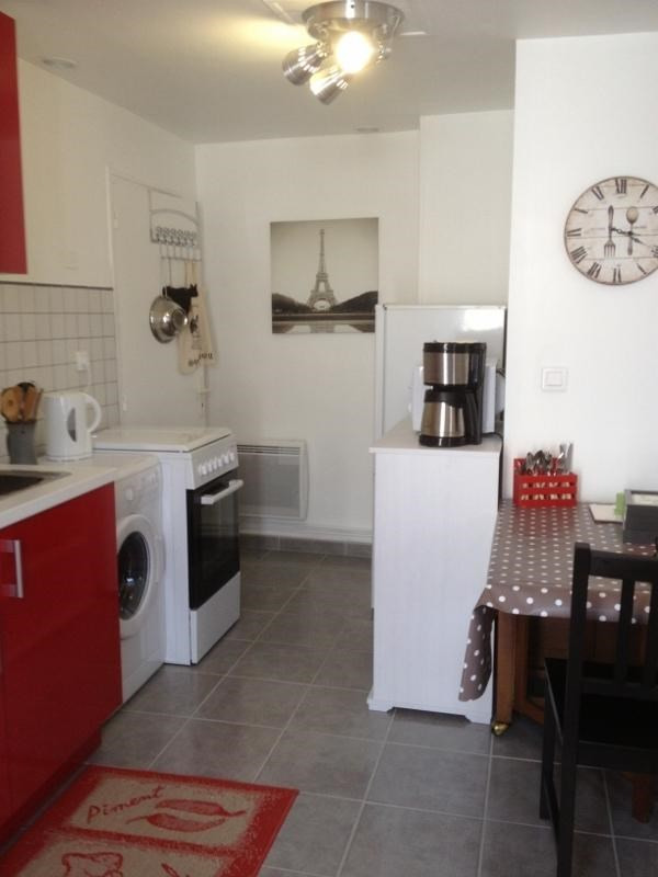 Location appartement Fontainebleau 942€ CC - Photo 2