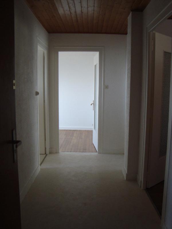 Rental apartment Annemasse 950€ CC - Picture 3