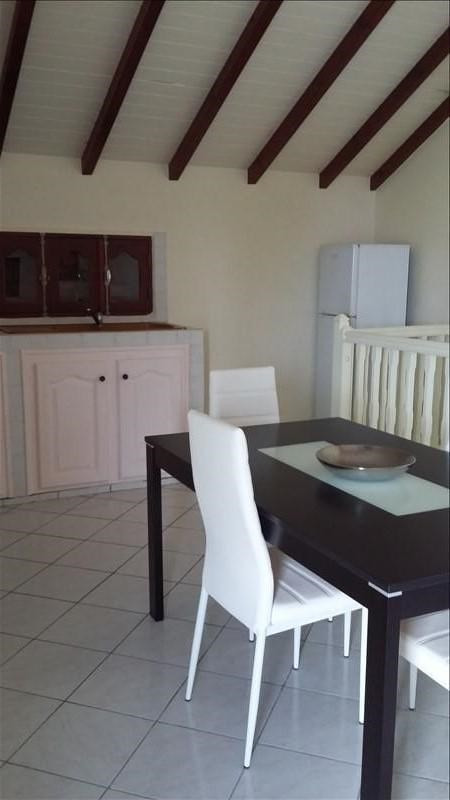 Rental apartment Ste anne 850€ CC - Picture 6