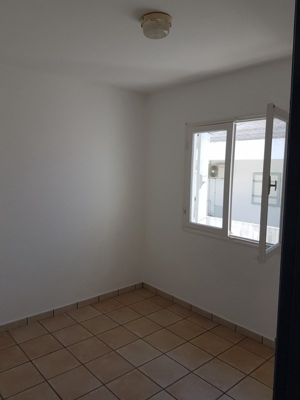 Location appartement Le tampon 535€ CC - Photo 2