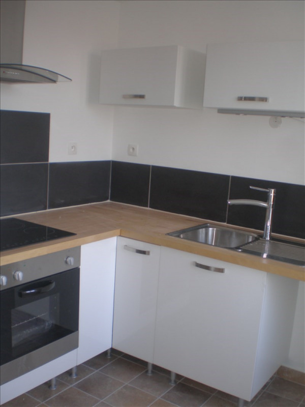 Location appartement Remouille 510€ +CH - Photo 1