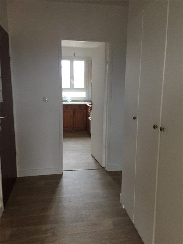 Rental apartment Marly le roi 1 037€ CC - Picture 3