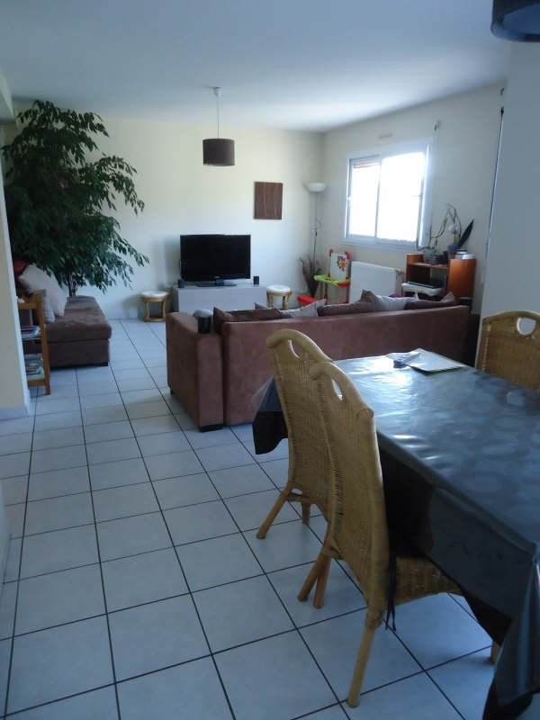 Location maison / villa Plouvien 810€ CC - Photo 2