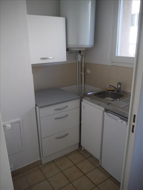 Locação apartamento Andresy 560€ CC - Fotografia 3