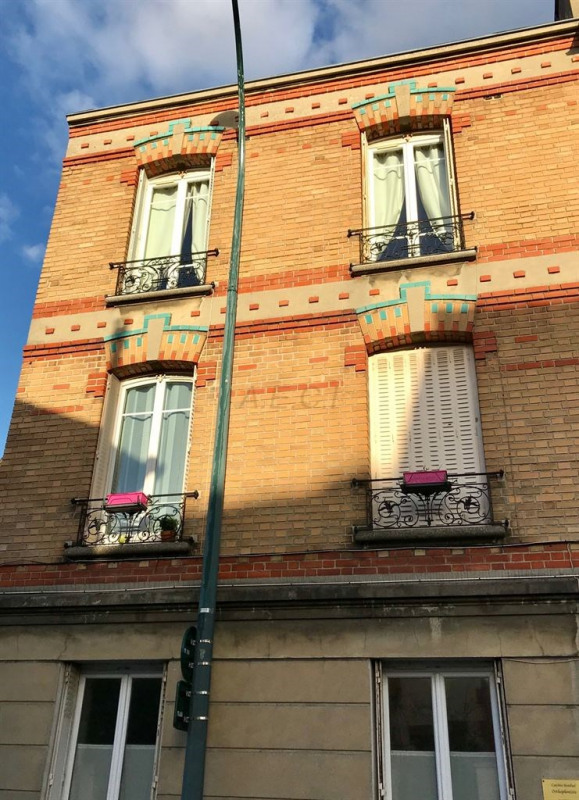 Sale apartment Colombes 383000€ - Picture 1