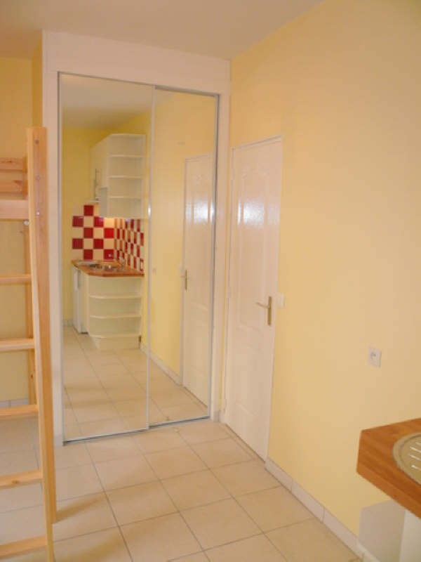 Location appartement Auxerre 295€ CC - Photo 3