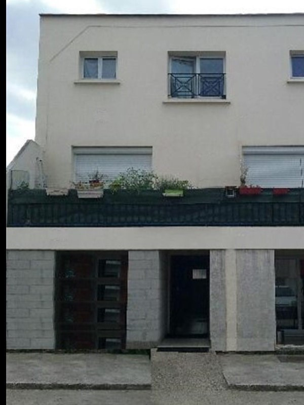 Sale apartment Sartrouville 150 000€ - Picture 1