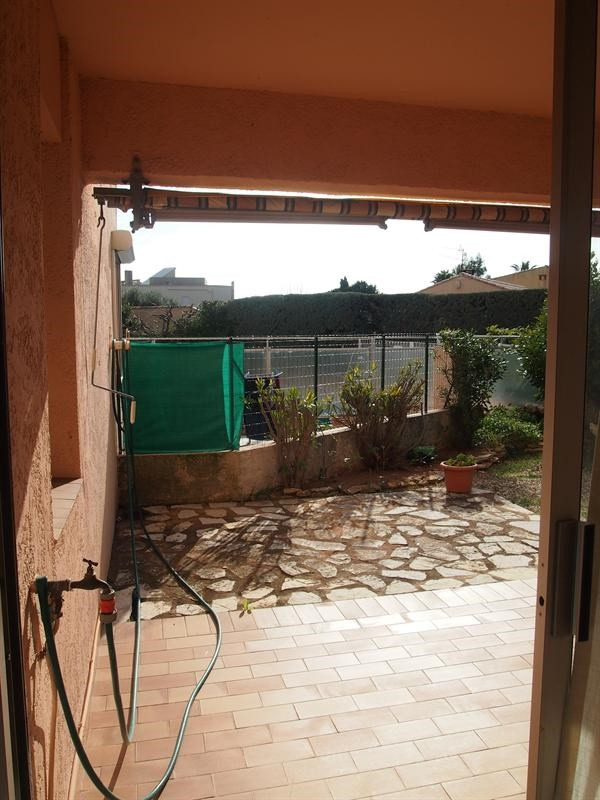 Vacation rental apartment Bandol 285€ - Picture 2