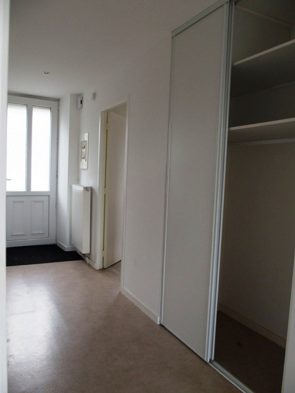Location appartement Le chambon sur lignon 493€ CC - Photo 9