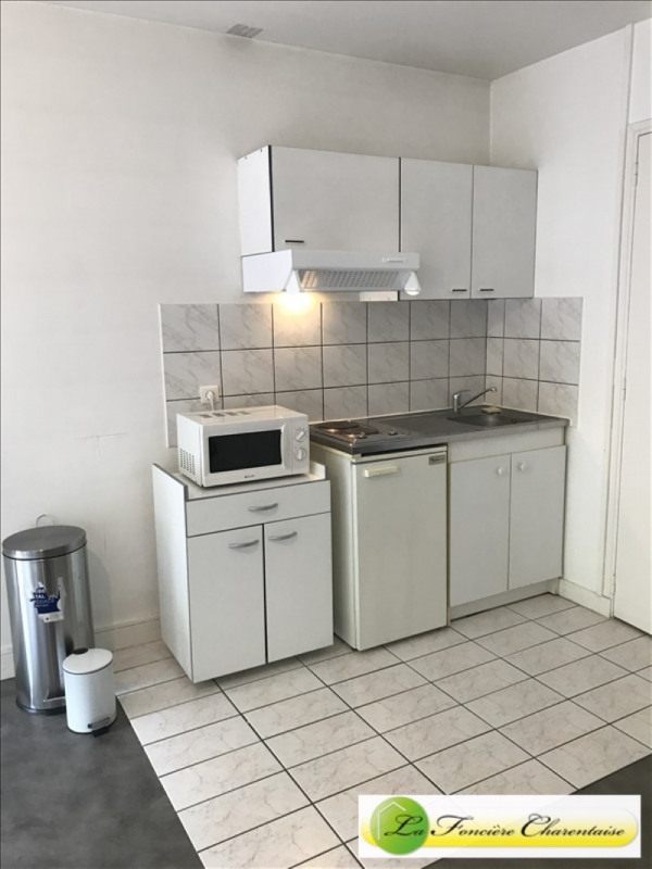 Rental apartment Angouleme 360€ CC - Picture 2