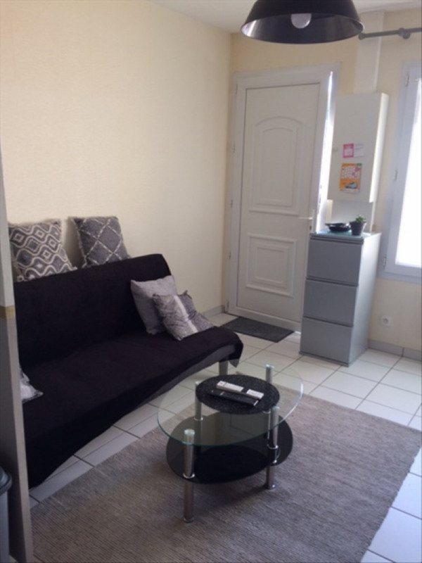 Location appartement Cholet 395€ CC - Photo 1