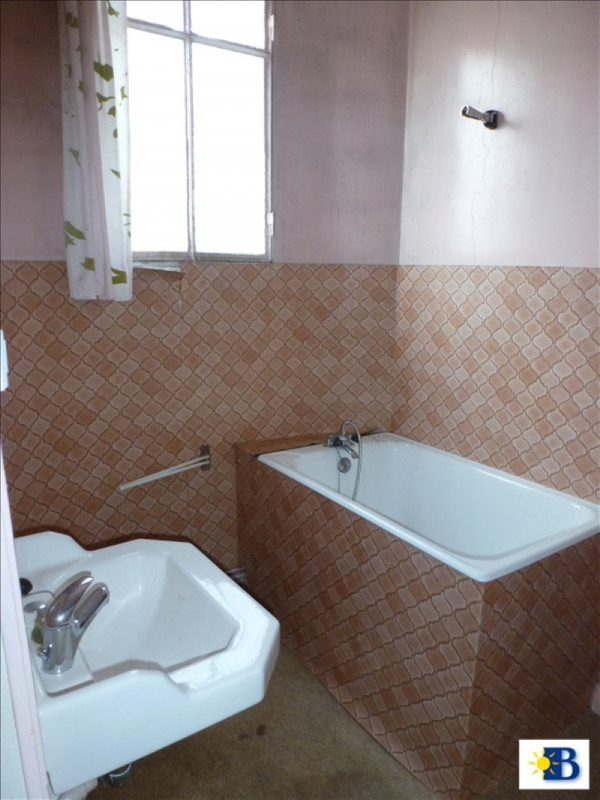 Vente maison / villa Chatellerault 70000€ - Photo 6