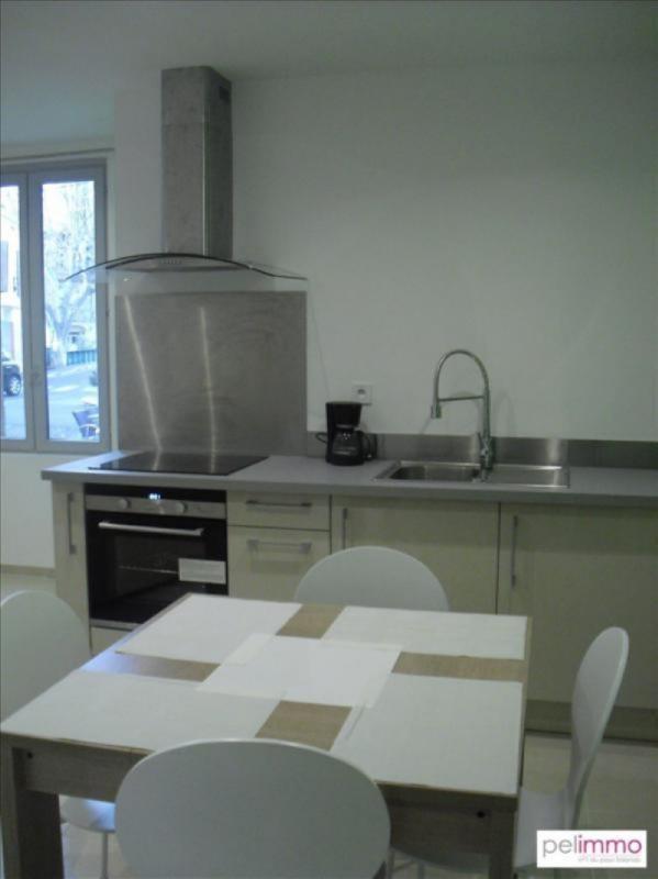 Rental apartment Grans 680€ CC - Picture 1