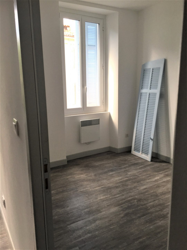 Location appartement Aubagne 800€ CC - Photo 2