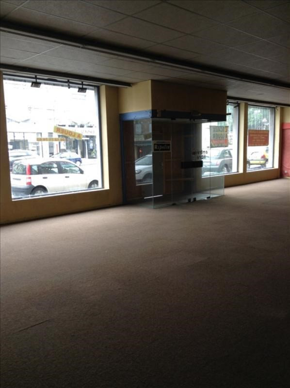 Location local commercial St quentin 5 500€ +CH/ HT - Photo 2