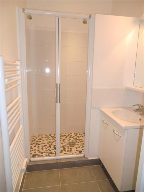 Location appartement Montrouge 970€ CC - Photo 2