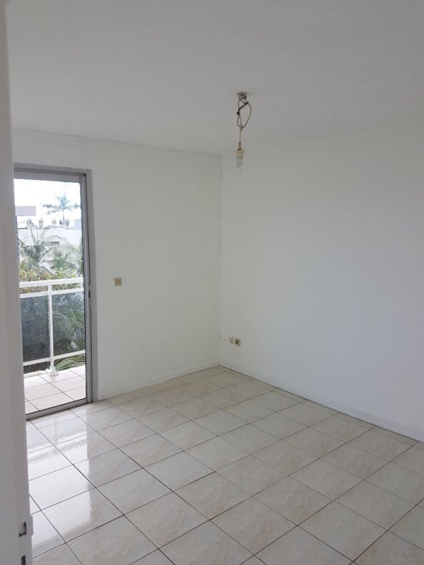Location appartement Le tampon 503€ +CH - Photo 2