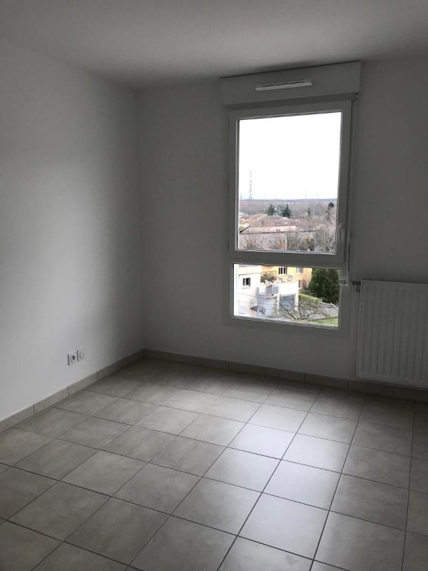 Location appartement Venissieux 545€ CC - Photo 4