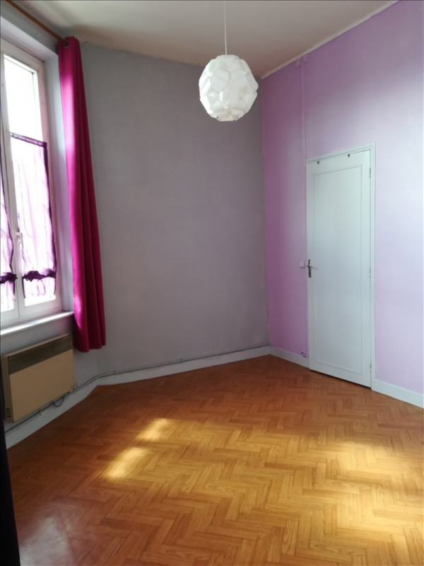 Rental apartment St quentin 320€ CC - Picture 3