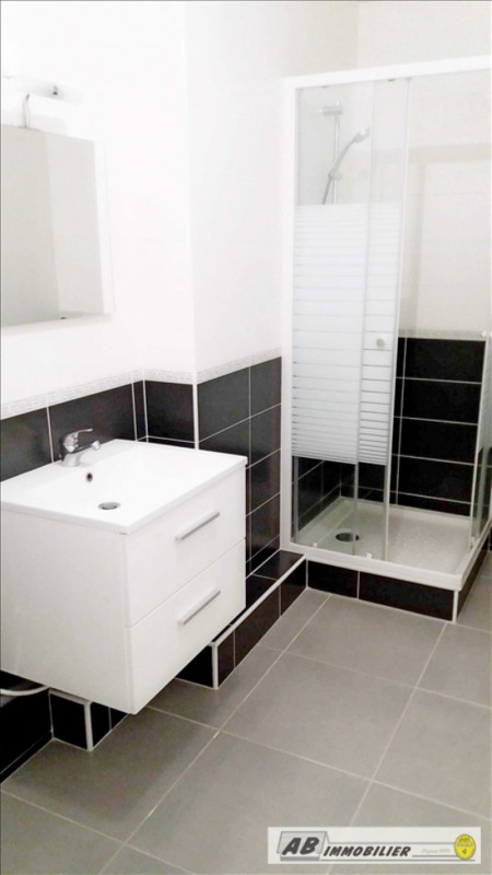 Location appartement Carrieres sous poissy 841€ CC - Photo 7