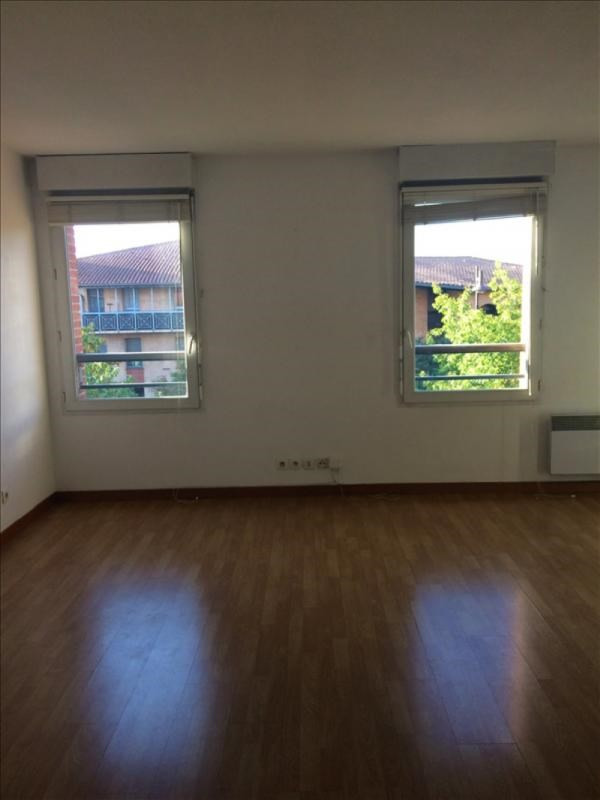 Location appartement Toulouse 583€ CC - Photo 2