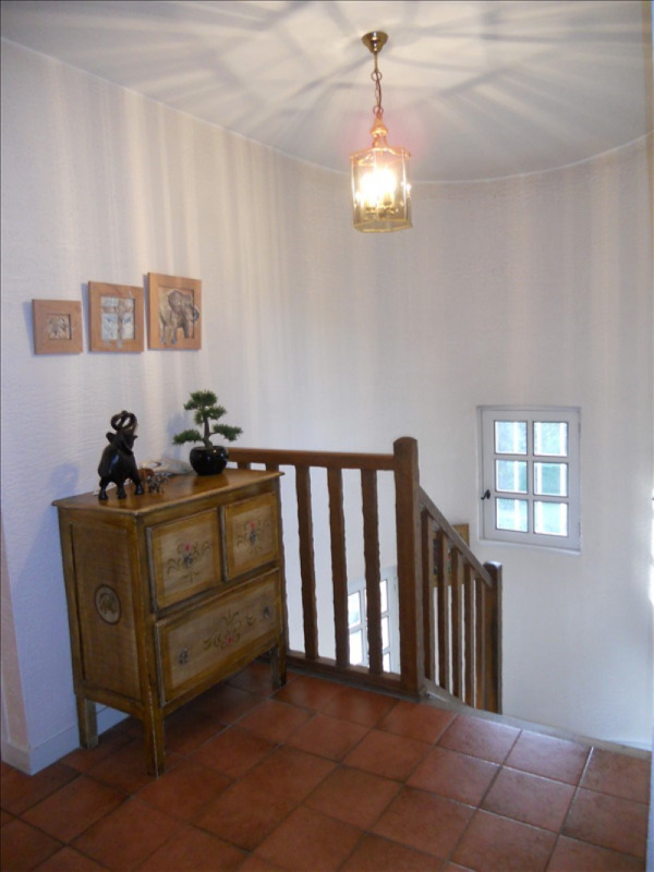 Sale house / villa Marly-le-roi 832000€ - Picture 6
