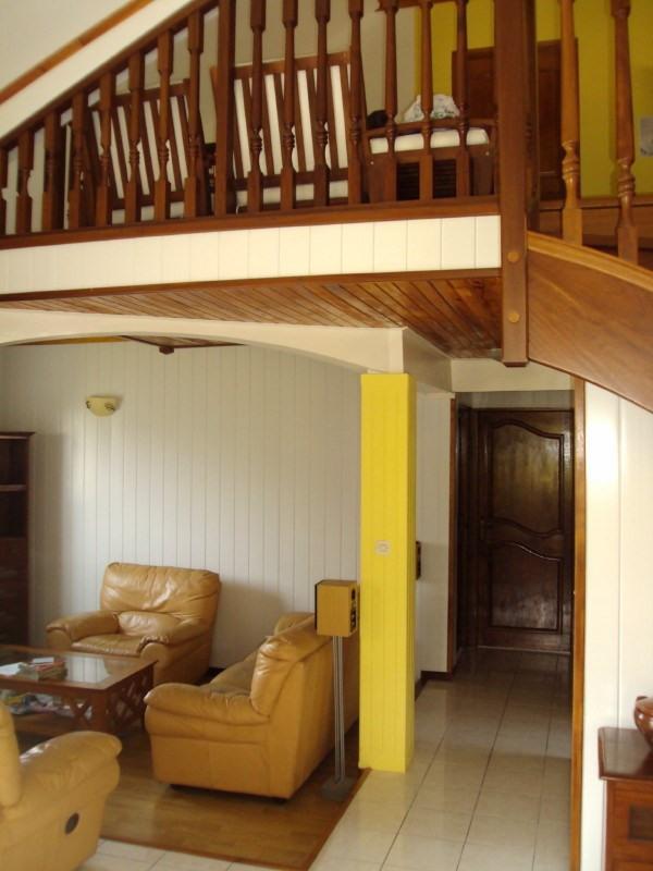 Rental house / villa Les trois mares 900€ +CH - Picture 5