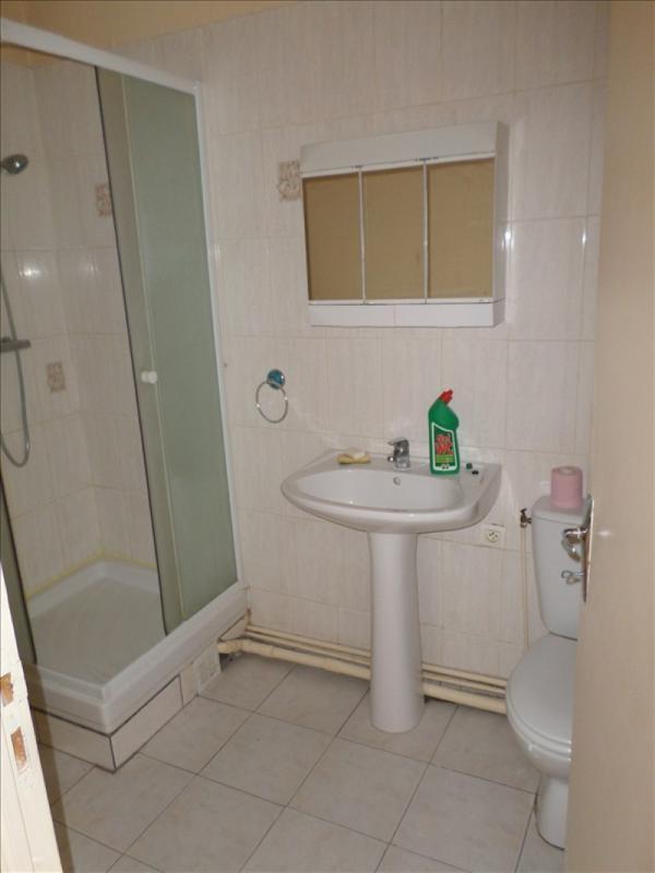 Location appartement Lussac les chateaux 330€ +CH - Photo 5