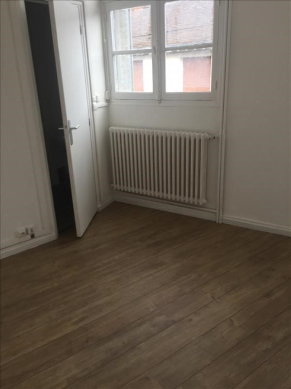Location appartement Vendome 250€ CC - Photo 3