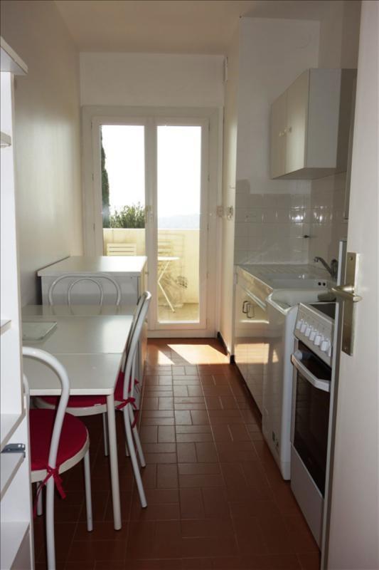 Locação apartamento Toulon 510€ CC - Fotografia 6