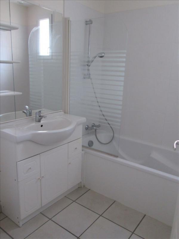 Location maison / villa St laurent sur sevre 505€cc - Photo 3