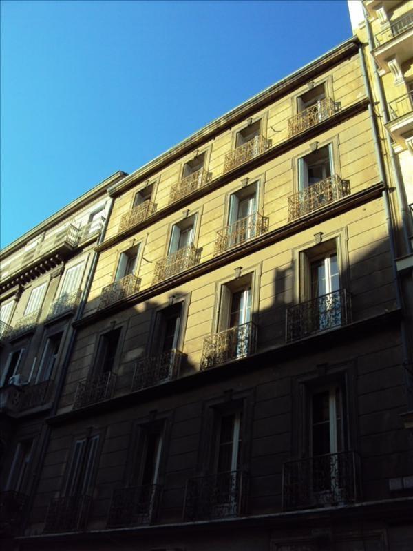 Sale apartment Toulon 340000€ - Picture 1
