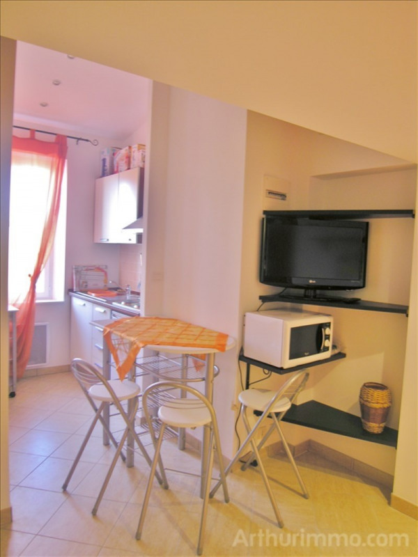 Rental apartment Antibes 650€ CC - Picture 3