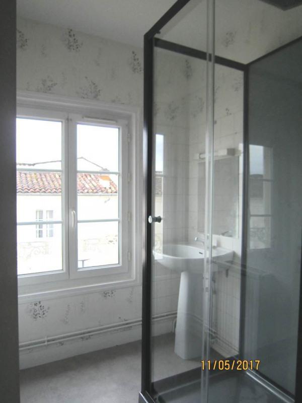 Location maison / villa Cognac 458€ CC - Photo 9