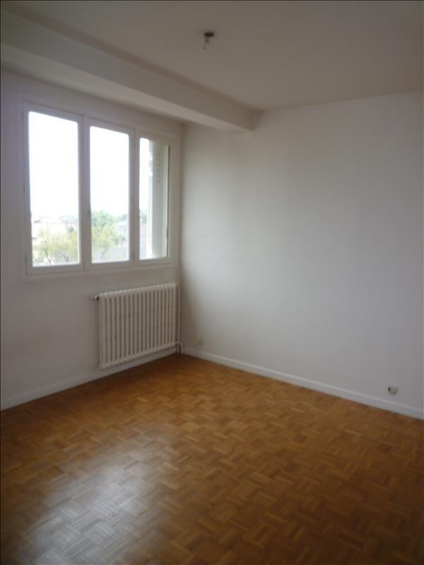 Rental apartment Le raincy 780€ CC - Picture 5