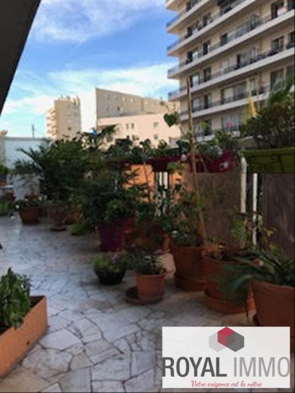 Sale apartment Toulon 262500€ - Picture 1