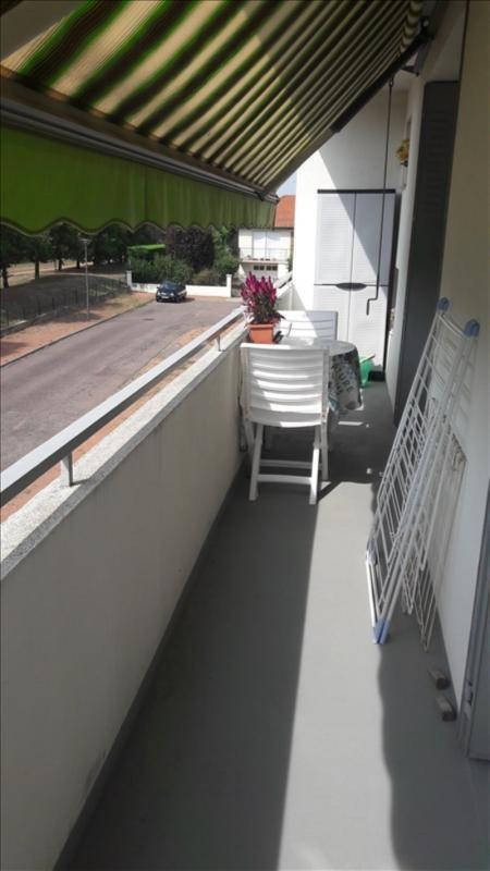 Vendita appartamento Riorges 128000€ - Fotografia 6