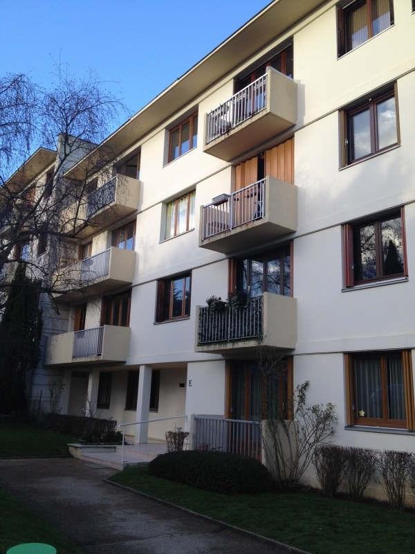 Location appartement Garches 1230€ CC - Photo 1